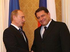 Premiér Paroubek vítá Ruského prezidenta Putina.
