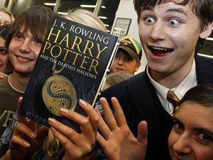 Harry Potter spustil novou prodejní mánii.