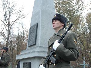 Veteráni odhalili v neděli v Buzuluku památník svým spolubojovníkům.