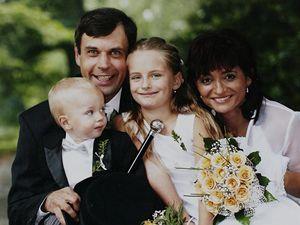 Druhý pokus. Podruhé se oženil s profesionální tenistkou Janou Pospíšilovou.