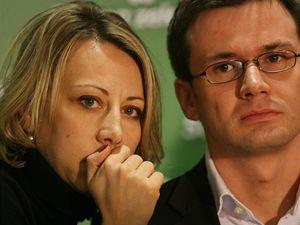 Poslanci Strany zelených Katřina Jacques a Ondřej Liška.