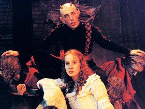 Čert ví proč (2003). V pohádce Romana Vávry hrál Lucifera Csongor Kasai, princeznu Aničku Tatiana Pauhofová.