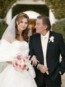Karel Gott se v pondělí oženil s přítelkyní Ivanou Macháčkovou v americkém Las Vegas.