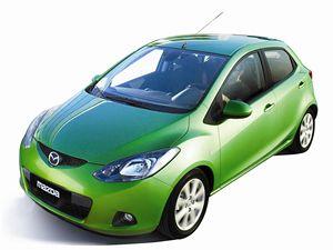 Na rozdíl od jiných aut daného segmentu Mazda 2 nenarostla a navíc shodila skoro 100 kg. To jí dodalo nejen mrštnost, ale také nízkou spotřebu.