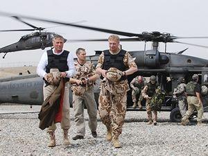 Mirek Topolánek překvapil v Afghánistánu vojáky.