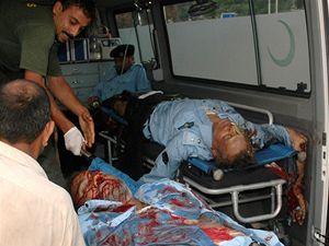 Zranění policisté v Islámábádu