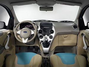 Ford Ka působí podobně dravým dojmem jako nová fiesta.