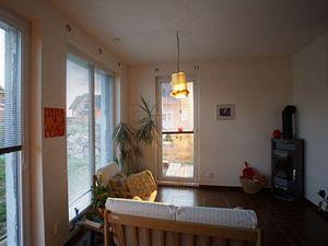 Pasivní dům. Tento rodinný dům nemá solární kolektory, ale sluneční paprsky přesto využívá.
