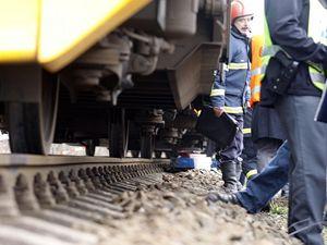 Ve Žďírci nad Doubravou se srazily osobní a nákladní vlak
