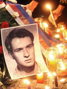 Češi si připomínají 40. výročí tragické smrti Jana Palacha