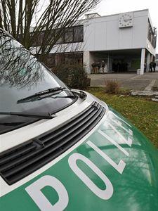 Budova školy v západoněmeckém Winnendenu, kde neznámý útočník postřílel nejméně deset lidí.