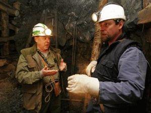 Ministr Říman na prohlídce uranového dolu Rožná.