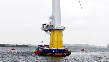 Norský energetický gigant StatoilHydro dnes v Severním moři spustil první plně využitelnou plovoucí větrnou elektrárnu na světě.