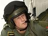 Plukovn�k Wales. Princ Harry, stejn� jako jeho star�� bratr William, absolvoval kurz, aby se mohl st�t pilotem helikopt�ry.