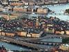 20. Stockholm (umístění 2008: 20.); Počet obyvatel města/země:  810,120 / 9,059,651; Délka života: 80,9 let; HDP: 348,6 mld. Dolarů