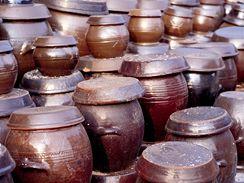 Kameninové nádoby na přípravu kimči