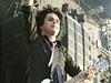 Green Day v Praze. Zpěvák a kytarista Billie Joe Armstrong.
