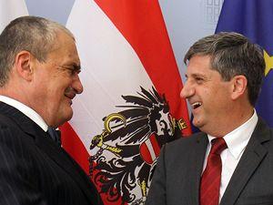 Karel Schwarzenberg s rakouským ministrem zahraničí Michaelem Spindeleggerem