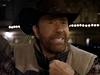 Chuck Norris kraluje vánočním reklamám v televizi.