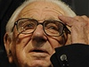 Nicholas Winton na premie filmu Nickyho rodina