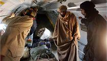 Sajf Islám byl po dopadení převezen letecky do města Zintán