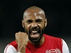 �to�n�k Thierry Henry sk�roval hned p�i n�vratu do Arsenalu a rozhodl o v�t�zstv� lond�nsk�ho klubu v Anglick�m poh�ru
