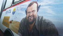 �idi� autobusu pomaloval plakáty politických stran p�ed volbami a te� si vyslechl trest | na serveru Lidovky.cz | aktu�ln� zpr�vy