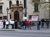 Demonstranti p�ed Ú�adem vlády | na serveru Lidovky.cz | aktu�ln� zpr�vy