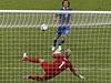 Itálie - Anglie (Pirlova penalta) | na serveru Lidovky.cz | aktu�ln� zpr�vy