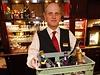 Bar Hotelu Grand v Brn�, stejn� jako jiné bary po celé �R, bude bez tvrdého alkoholu | na serveru Lidovky.cz | aktu�ln� zpr�vy