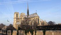 Oslavy 850. výro�í zalo�ení katedrály Notre Dame v Pa�í�i. | na serveru Lidovky.cz | aktu�ln� zpr�vy