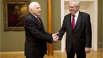 Milo� Zeman a Václav Klaus, setkání nastupujícího a odstupujícího prezidenta  | na serveru Lidovky.cz | aktu�ln� zpr�vy