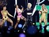Pink předvedla na pódiu velkou show.
