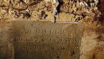 Archeologové otevřeli hrobku v bazilice Nejsvětějšího Zvěstování ve Florencii, kde jsou pochováni i synové Lisy Gherardiniové.