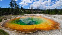 Bublající jezero v americkém Yellowstonském národním park u | na serveru Lidovky.cz | aktu�ln� zpr�vy