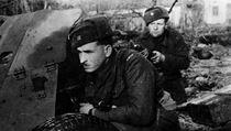 Retro on-line z bitvy o Kyjev: Čechoslováci dobyli továrnu. Pomáhaly partyzánky
