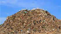 Pacifik brázdí jedovatý ostrov z odpadk�, který ohro�uje pob�e�í USA, varovala média. Fáma, ukázalo se nyní (ilustra�ní fotografie) | na serveru Lidovky.cz | aktu�ln� zpr�vy