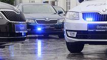 Dopravn� policie p�evzala v Mlad� Boleslavi od automobilky �koda Auto sedm nov�ch voz� �koda Superb.