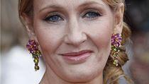 J. K. Rowlingov� ozn�mila, �e vyd� novou knihu. Tentokr�t pro dosp�l�.