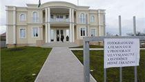 Palestinsk� ambas�da v Suchdole se otev�ela ve�ejnosti. Fotografov�n� bylo zak�z�no.