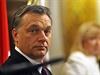 Sou�asn� ma�arsk� premi�r Viktor Orb�n zach�z� se soukrom�m majetkem stejn� neomalen� jako sv�ho �asu jeho p�edch�dce Ferenc Gyurcs�ny se st�tn�m.