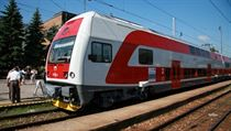�koda Transportation reportedly makes a net profit of K� 60 million on each City Elephant (pictured) suburban train it sells to Czech Railways, which to date has ordered a total of 80 | na serveru Lidovky.cz | aktu�ln� zpr�vy