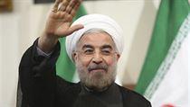 Írán v �ele s novým prezidentem Hasanem Rouháním (na snímku) rozjí�dí dal�í kolo diplomacie k mírn�ní �kod zp�sobených syrskou krizí.   na serveru Lidovky.cz   aktu�ln� zpr�vy