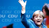 V N�mecku se o tomto víkendu konaly parlamentní volby a strany K�es�ansko-demokratické unie (CDU) a K�es�ansko-sociální unie (CSU) v nich podle p�edb�ných výsledk� získaly 41,5 procenta hlas�. | na serveru Lidovky.cz | aktu�ln� zpr�vy
