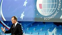 Leto�ní Ekonomické fórum zahájil projevem polský premiér Donald Tusk. A jeho ústy promluvila finan�ní krize. | na serveru Lidovky.cz | aktu�ln� zpr�vy