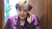 Barack Obama se sou�asn� sna�í minimalizovat �kody tvrzením, �e se o odposlouchávání Angely Merkelové dozv�d�l teprve letos v lét� a hned jej zastavil. | na serveru Lidovky.cz | aktu�ln� zpr�vy