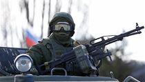 Rusk� voj�k na Krymu. Nasazen� rusk� arm�dy schv�lil parlament v Moskv� o...
