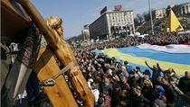 Protivále�ná demonstrace na kyjevském nám�stí Nezávislosti. | na serveru Lidovky.cz | aktu�ln� zpr�vy