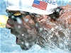 Michael Phelps v prvním závodě po návratu do bazénu
