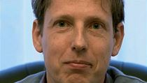Stanislav Gross se po dev�ti letech omlouv� za svou neup��mnost.